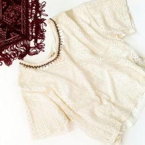 Hollister front lace loose fitting crop top Size L